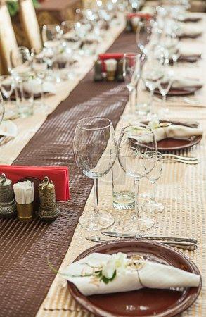 Photo pour Table de restaurant - image libre de droit