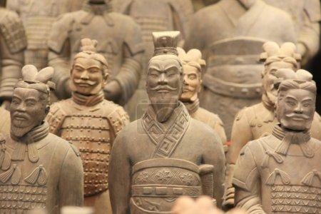 Photo pour Guerriers en terre cuite à Xian, Chine - image libre de droit