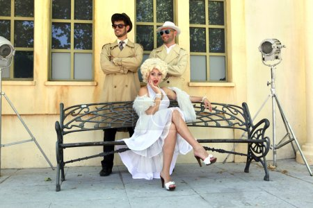 impersonator Marylin Monroe and boys