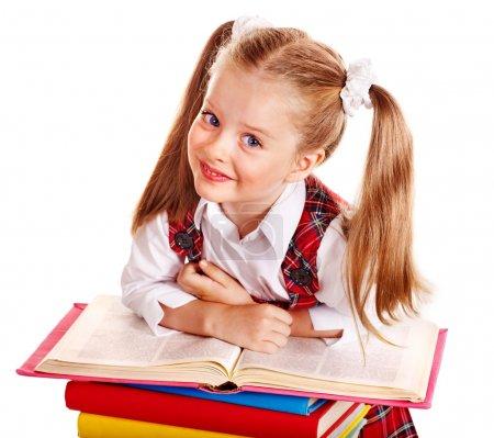 Photo pour Bel enfant avec pile livre. Isolé . - image libre de droit