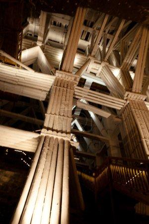 Foto de Mina producido continuamente sal de mesa desde el siglo XIII hasta el 2007 como una de las más antiguo minas de sal de funcionamiento del mundo de sal de Wieliczka. - Imagen libre de derechos