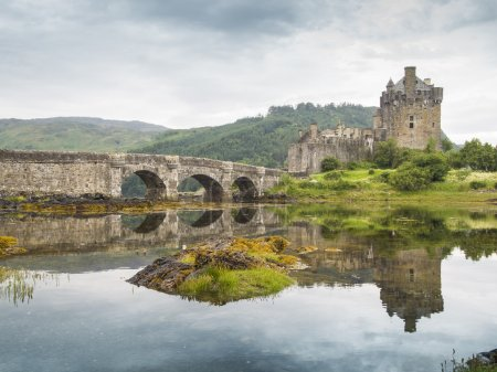Most famous castle in Scotland. The Highlander loc...