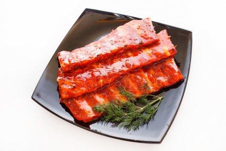 Photo pour Côtes de porc en sauce - image libre de droit
