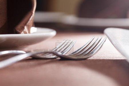 Photo pour Ensemble de table pour repas - image libre de droit
