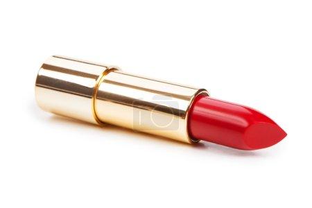 Photo pour Beau rouge à lèvres brillant dans une boîte en or isolée sur fond blanc - image libre de droit