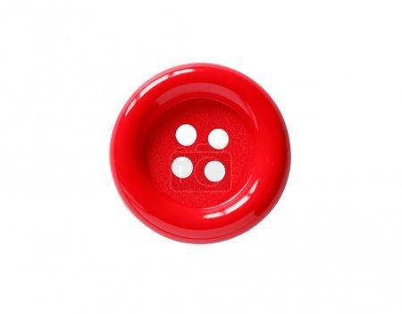 Photo pour Gros plan du bouton rouge sur fond blanc. Le chemin de coupe est inclus - image libre de droit