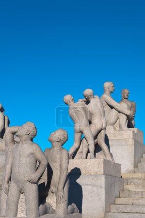 Photo pour Groupe de sculptures dans le parc Vigeland. Oslo, Norvège . - image libre de droit