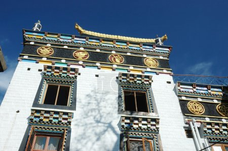 Zigar Drikung Kagyud Institute, important holy place for tibetans
