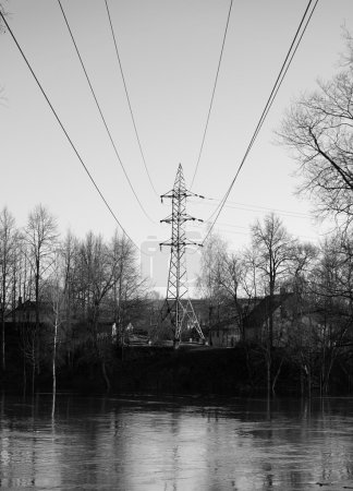 Power tower and electric wire