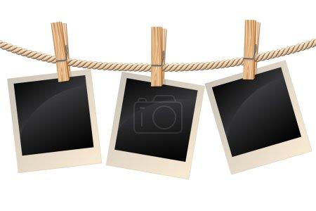 Illustration pour Photos vierges accrochées à une corde à linge - image libre de droit