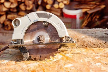 Circular electric saw