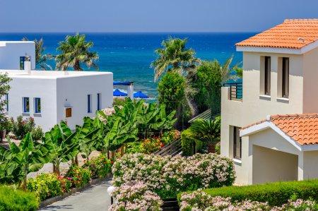 Photo pour Luxueuses villas de vacances à louer sur la plage de Chypre - image libre de droit