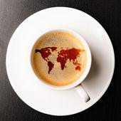 šálek čerstvé espresso