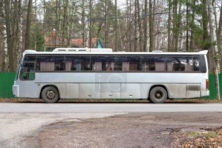 Gray tour bus