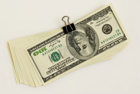 Operation with the U.S. currency - cashing, exchan...
