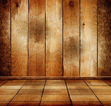 Foto de Habitación vieja de madera con piso de parquet - Imagen libre de derechos