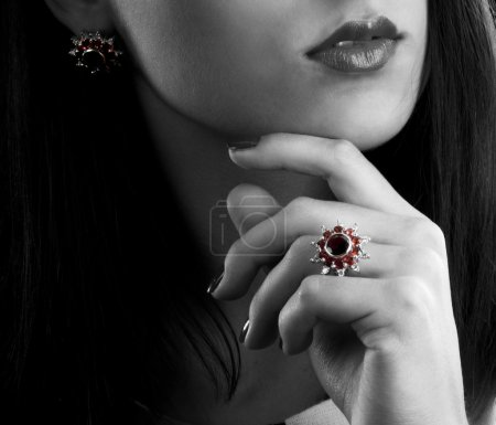Silver earrings and ring with garnets