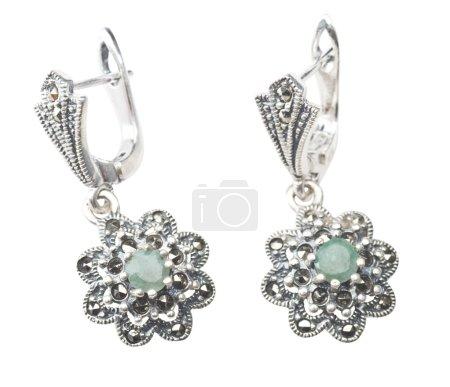 Silver earrings with emerald gemstone