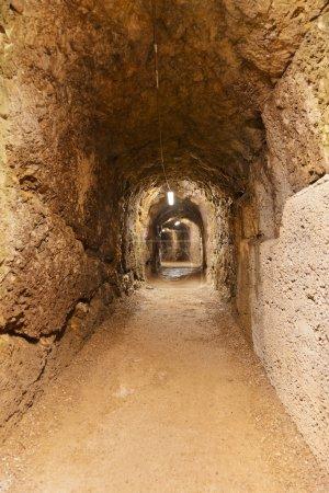 Photo pour Tunnel secret au Château Kufstein (Autriche) - architecture et arrière-plan de voyage - image libre de droit