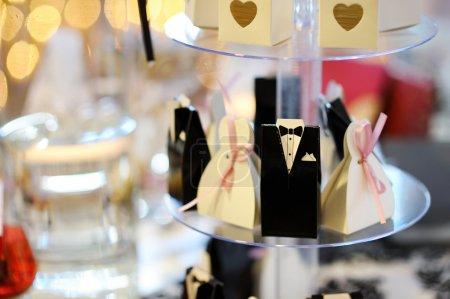 Elegant wedding invitations in cute boxes