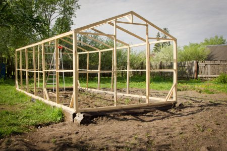 Construction of a small greenhouse