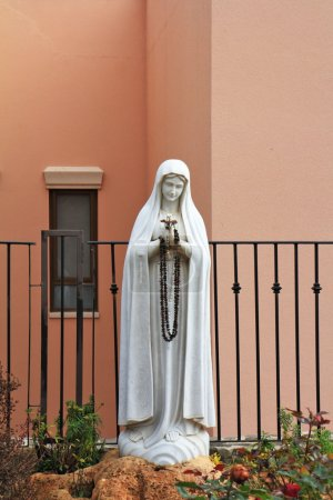 The sculptural image of Maiden Maria