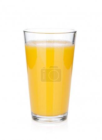 Photo pour Verre de jus d'orange. isolé sur fond blanc - image libre de droit