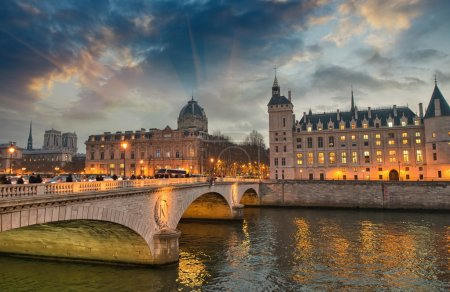 Beautiful colors of Napoleon Bridge at dusk with Seine river - P