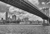 Metallic structure of Manhattan Bridge.