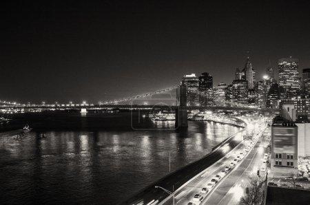 Photo pour Bâtiments de new york, gratte-ciels de manhattan en hiver - image libre de droit
