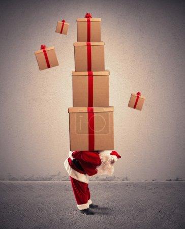 Photo pour Concept du Père Noël plein de cadeaux - image libre de droit