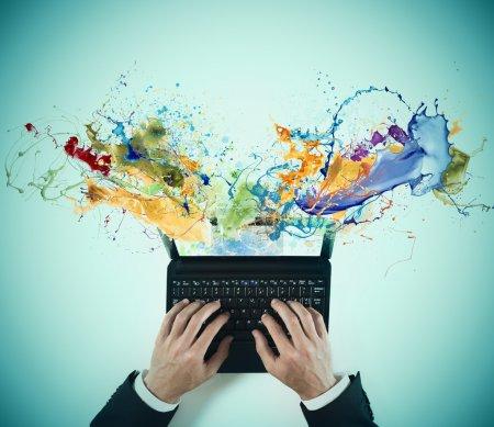 Photo pour Concept d'entreprise créatif avec effet liquide coloré - image libre de droit