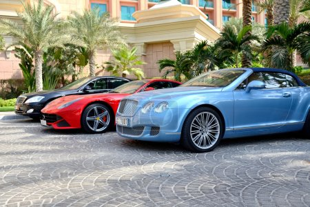 DUBAI, UAE - SEPTEMBER 11: The Atlantis the Palm hotel and limou