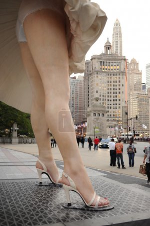 Statue of Marilyn Monroe in