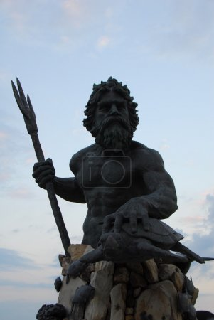 The large public statue of King Neptune that welco...