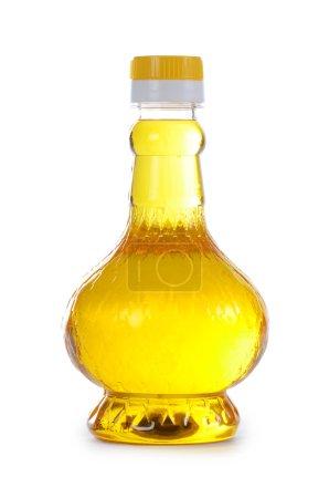 Photo pour Huile d'olive en bouteille isolée sur blanc - image libre de droit