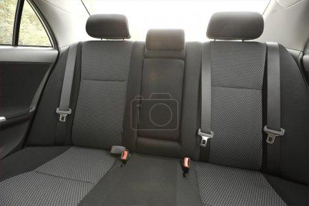 Photo pour Intérieur de la voiture avec les sièges arrière - image libre de droit