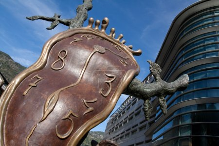 Photo pour Dali horloge à andorra la vella - image libre de droit