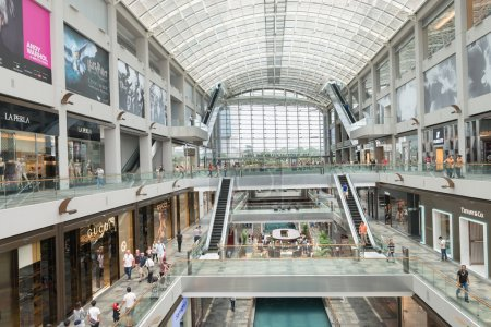 Marina Bay Sands luxury shopping center