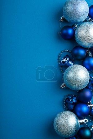 Blue christmas balls border