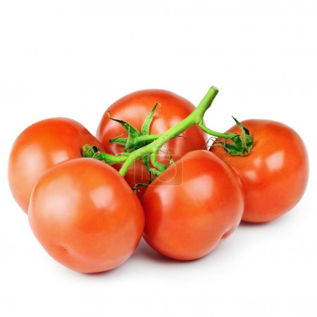 Photo pour Une grappe de tomates mûres rouges sur le blanc - image libre de droit