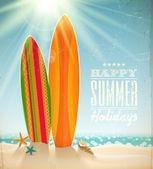 Vektorové svátky vintage design - surfy na pláži proti slunečné přímořská krajina