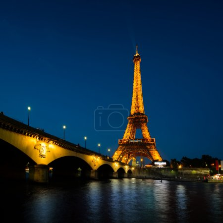 Paris cityscape at sunset - eiffel tower