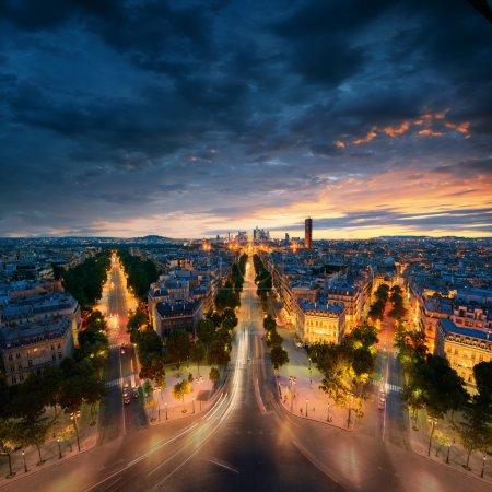 Photo pour Incroyable vue de nuit paris - image libre de droit