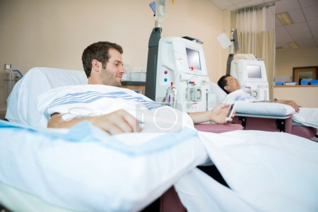 Patients Sleeping While Receiving Renal Dialysis
