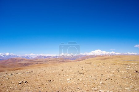 yellowish mountain road background