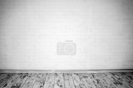 Photo pour Chambre vide avec mur de briques. Personne. - image libre de droit