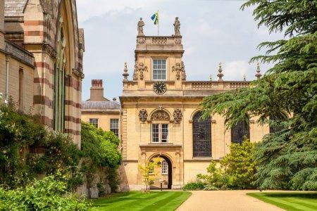 Photo pour Quadrangle avant du Trinity College. Université d'Oxford, Oxford, Angleterre - image libre de droit