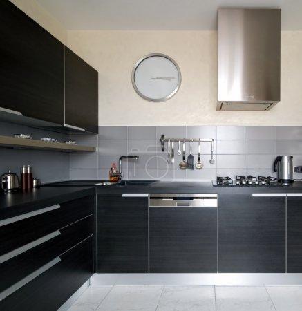 Photo pour Intérieur de cuisine moderne - image libre de droit