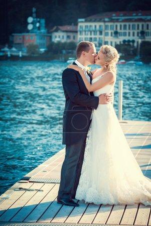 Photo pour Danse de mariée et marié - image libre de droit